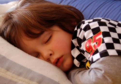copil dormit